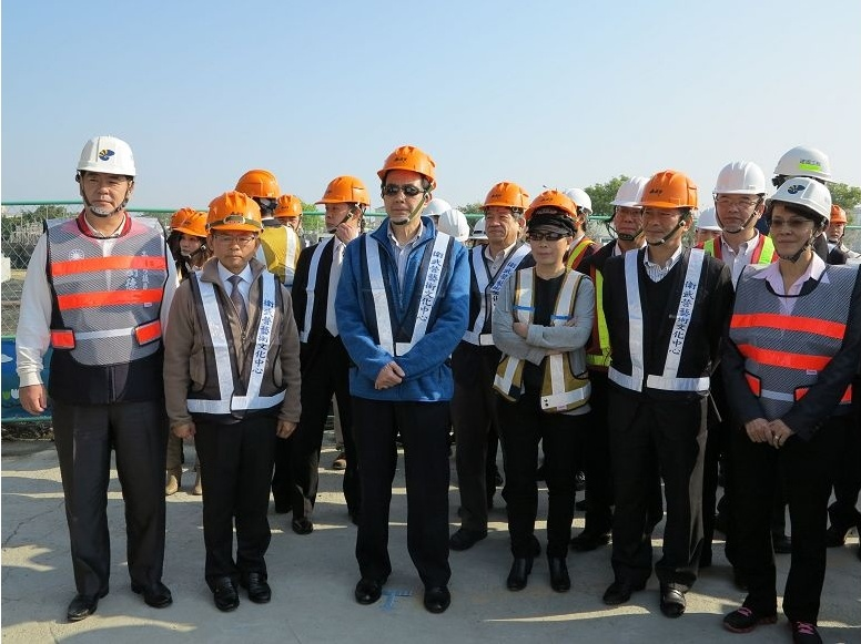 President Ma inspects the Wei-Wu-Ying Art Center