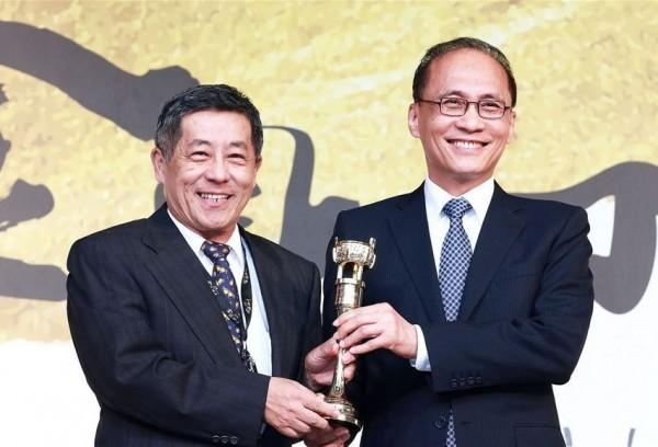 2016 Golden Tripod Awards winners named