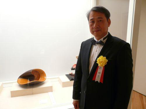 漆芸家の彭坤炎さん 日本の文部科学大臣賞を受賞