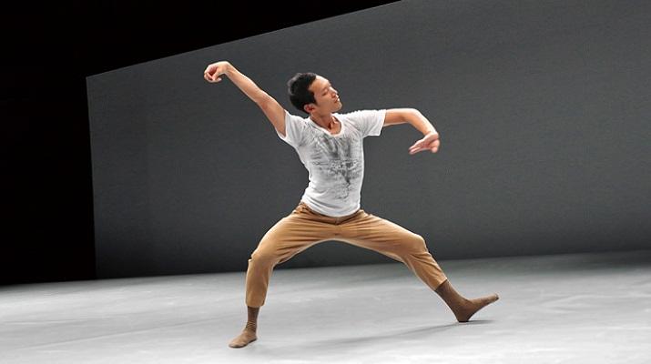 雲門2返紐約喬伊斯劇院獻演編舞家鄭宗龍力作「在路上」
