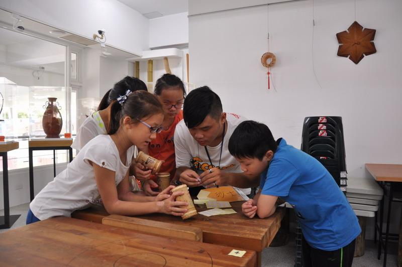 兒童工藝夏令營