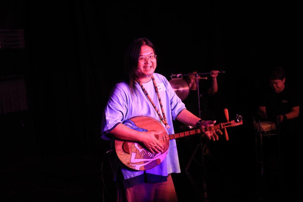 Vocalist | Yen Yung-neng
