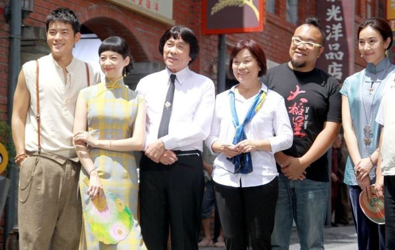 Minister visits film production set in Yilan