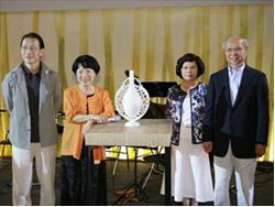 Craft Taiwan 2009台灣工藝精品展,「八方新氣-站相展」王俠軍八件高難度白瓷藝術大作 首度亮相