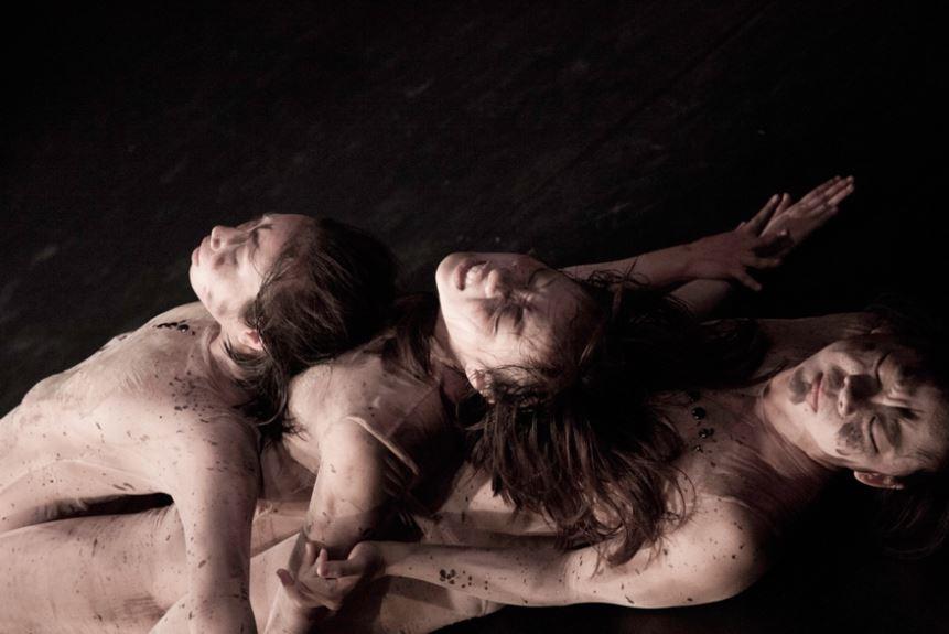 許程崴製作舞團《肉身撒野》法國凱布朗利博物館演出