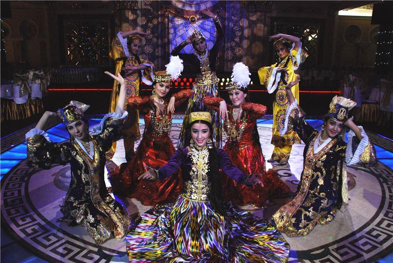 亞太詩歌樂舞慶臺戲 IV《亞太.樂與舞》