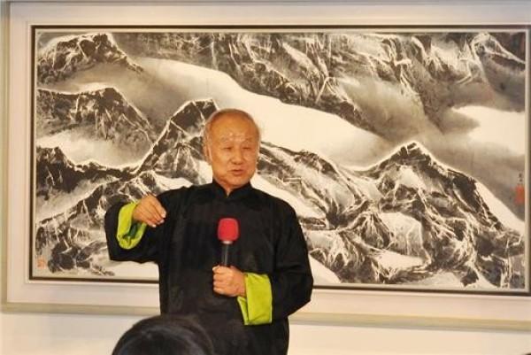 Ink Painter | Liu Kuo-sung