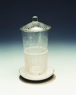 茶杯(含杯、蓋、套、碟、墊)