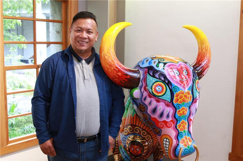 Exposition du sculpteur Hung Yi en Espagne