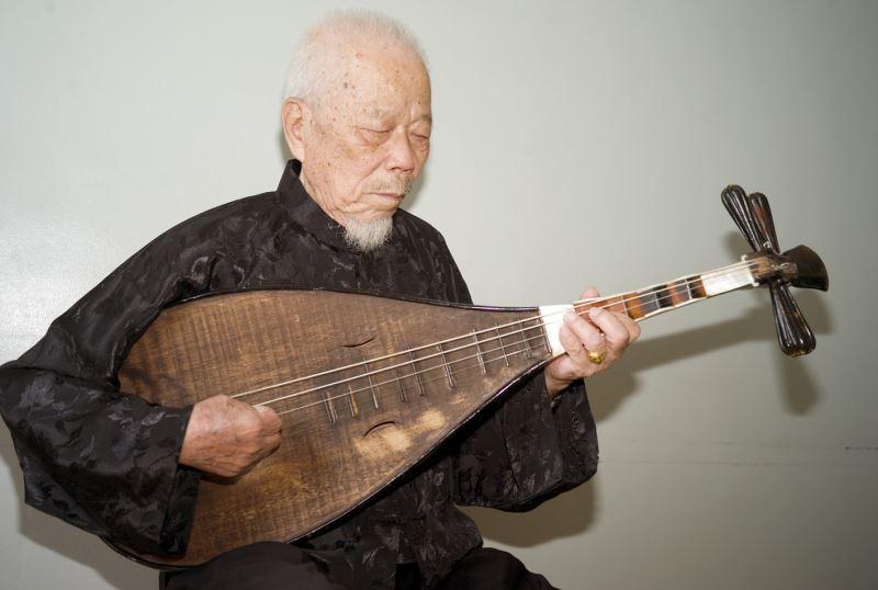 TAIWAN'S NANGUAN MUSIC MAESTRO DIES AT 94