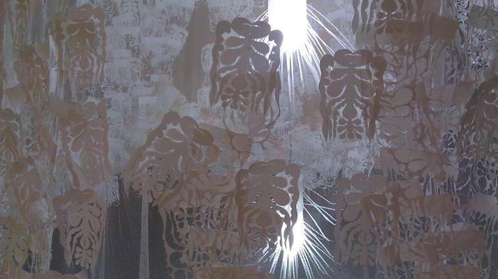 臺灣藝術家邱雨玟剪紙藝術作品「水姑娘的繁衍計畫」在紐約456畫廊展出