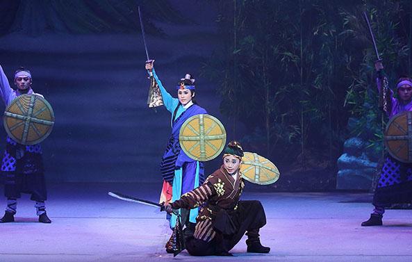 《龍城爭霸》明華園戲劇總團│2019臺灣戲曲藝術節