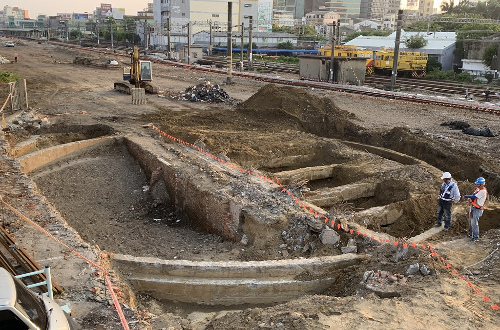 Two railway turntables built decades ago discovered in Tainan
