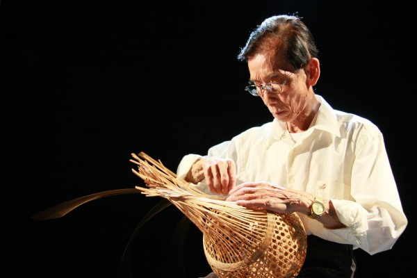 台湾竹編工芸の巨匠、黄塗山