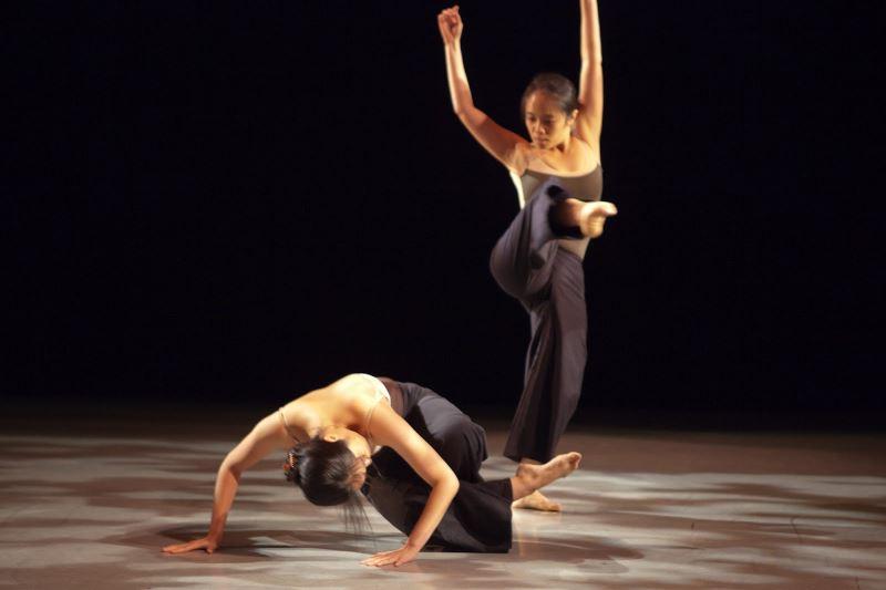 台灣舞蹈界新秀 謝筱瑋 謝筱婷 紐約發表舞作 「1949」