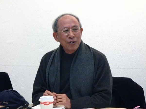 Morally themed nativist writer Wang Tuoh passes away at 72