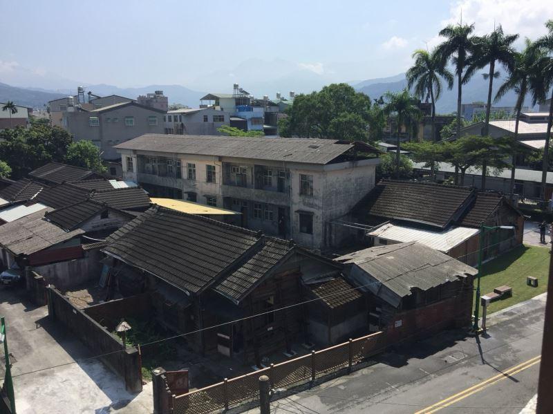 Reconstrucción de los Edificios de Oficinas de la Sucursal Histórica de Alcanfor de Jiji