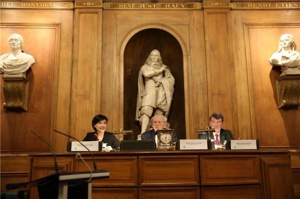 Minister hosts 20th Taiwan-France Cultural Award in Paris