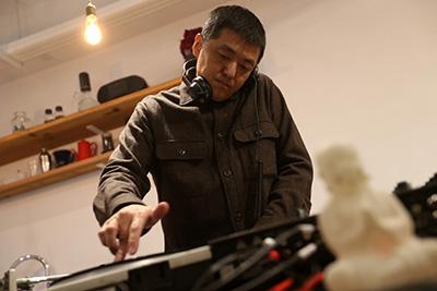 作曲家、リン・チャン