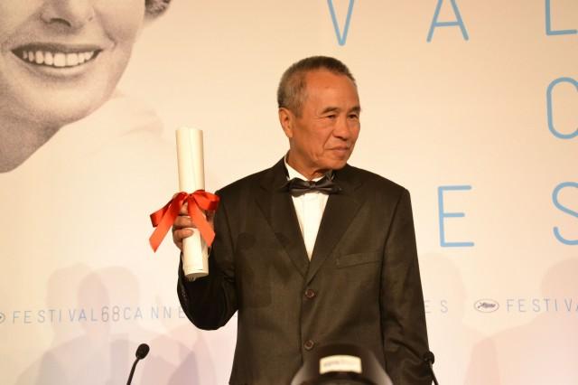 台湾映画の巨匠ホウ・シャオシェン監督、カンヌで最優秀監督賞に