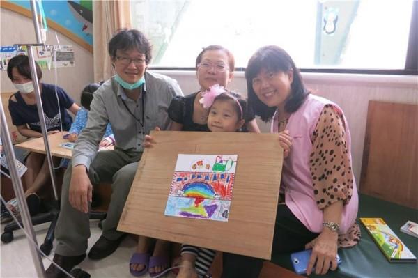 Art Bank program engages with children, elderly patients