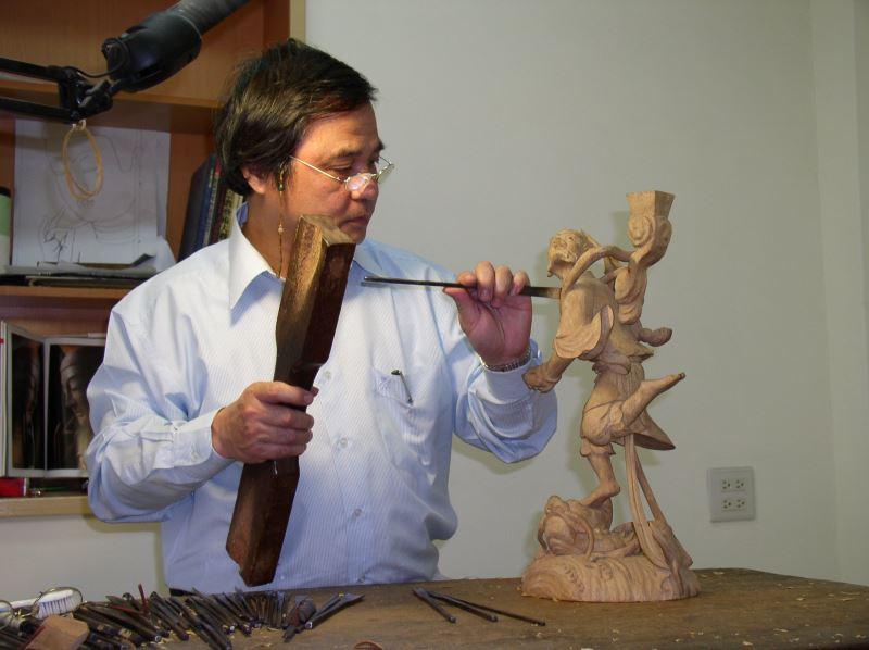 Woodcarver | Li Bing-gui