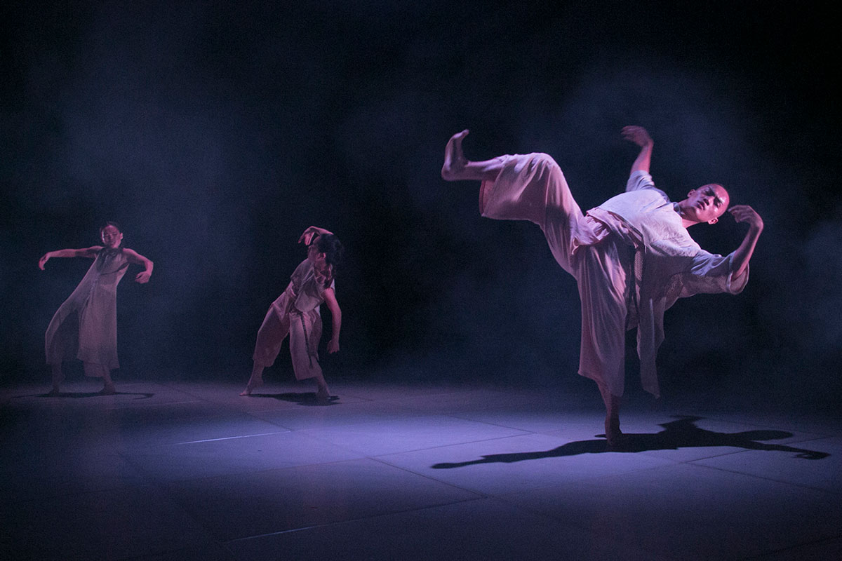Tjimur debuts 'Varhung' in Vancouver to great acclaim