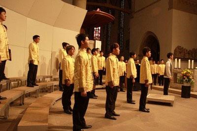 寶島天籟-拉縴人男聲合唱團