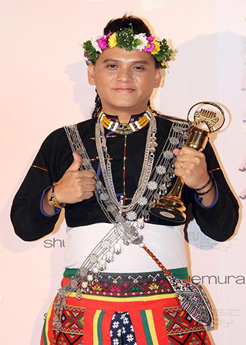 Indigenous Singer | Sangpuy Katatepan Mavaliyw
