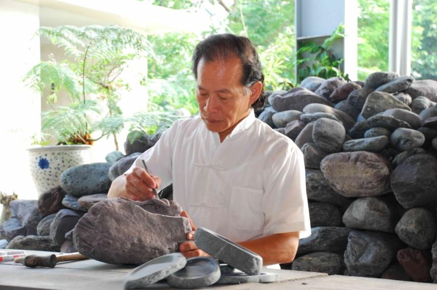 Inkstone Artisan | Tung Tso