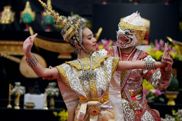 'Wai Khru' Thai festival