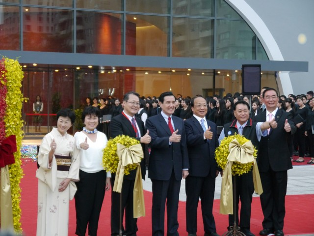 台中国家歌劇院が落成 設計の伊東豊雄氏に名誉市民称号