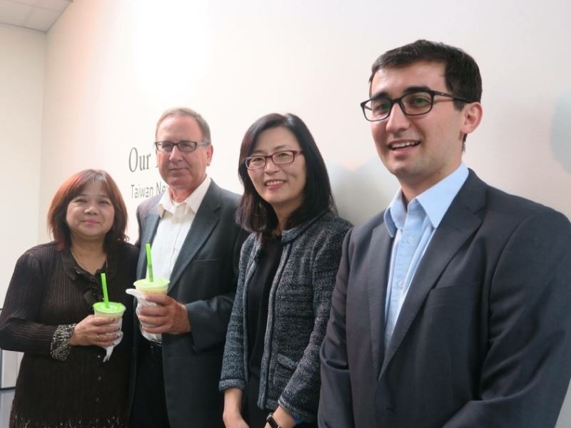 "Education Division Invited Members of Taiwanese Alumni Association to Join the Taiwanese Film Biennial: the Screening of ""Le Moulin"" in Los Angeles"