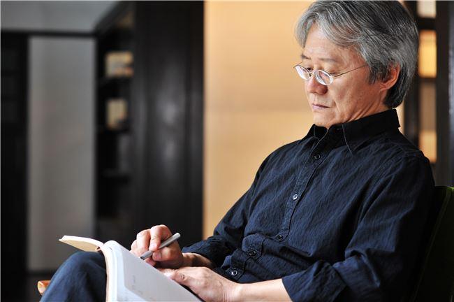 Poet | Lu Han-shiu