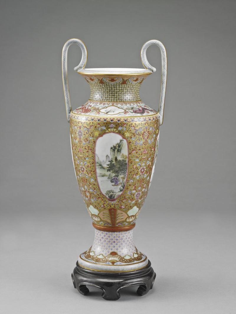 花瓶含底座