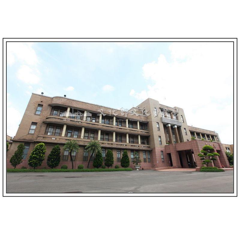 行政院(旧 台北市役所)