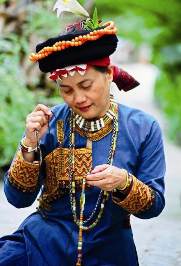 Glass Bead Maker | Remereman Taruzaljung