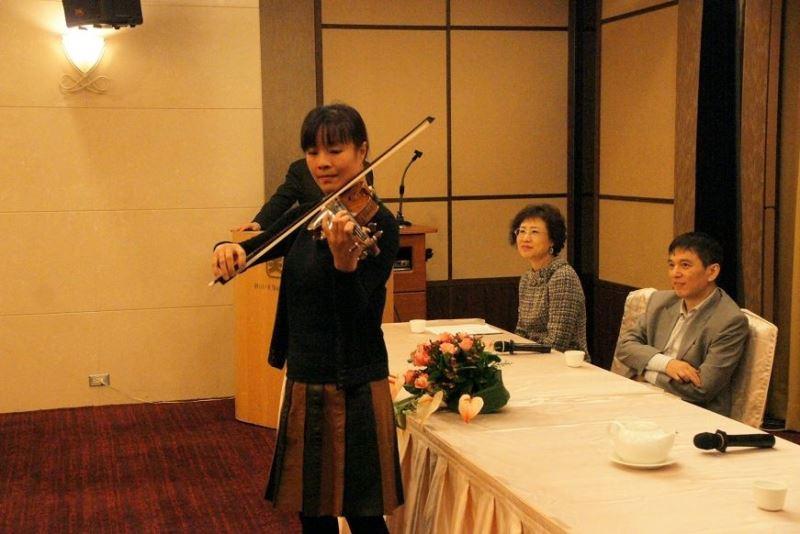 'Lan Shui & Mira Wang' Taiwanese-Russian music series