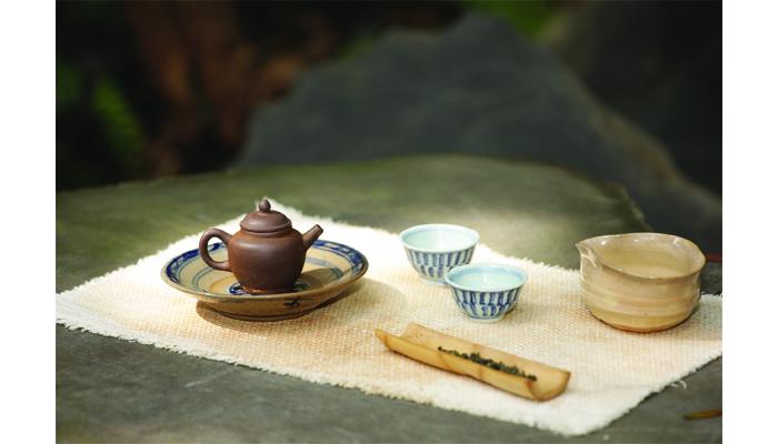 品一杯流盪的古典------東方茶文化中的哲思和美感