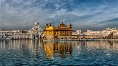 錫克教的最燦爛的黃金盛典  Guru Nanak Jayanti