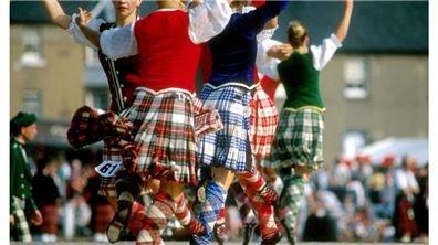 蘇格蘭裙大力士的勇猛競技  夏日高地瘋運動會Scottish Hiland Games
