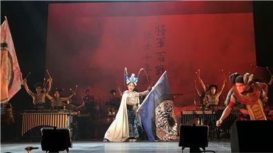 擊樂劇場《木蘭》   用東方傳統京劇演繹人類共同的戰爭命題