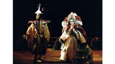 《樓蘭女》東方元素詮釋希臘悲劇  新象&當代傳奇劇場撼動人心之作