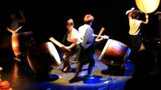 2010年亞維儂外圍藝術節-十鼓擊樂團表演片段